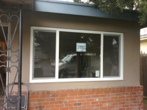 Newly installed vinyl retrofit window. With the new window, this house is going to benefit from better insulation this summer. Job was done in Pittsburg, CA.
